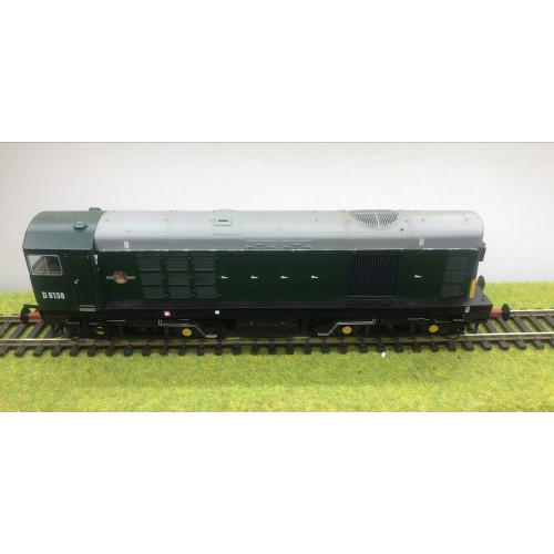 Bachmann 32-034DS Class 20 Diesel Locomotive No.D8138 in BR Green - Sound Fitted