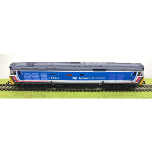 Lima 205224 Class 50 Co-Co Diesel Locomotive No.50044 Exeter in Network SouthEast Livery