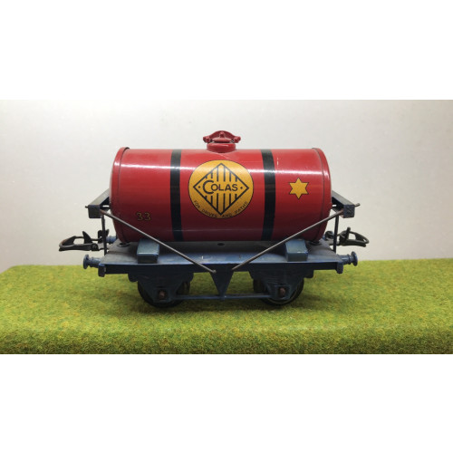 Hornby Colas Bitumen Tanker Wagon in Red/Blue Livery