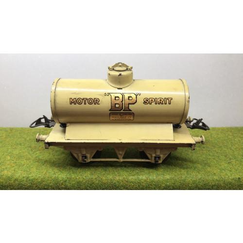 Hornby B.P. Motor Spirit Tank Wagon in Cream Livery