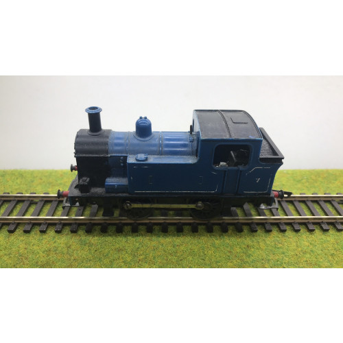 Hornby 0-4-0 Blue Tank Engine No.7