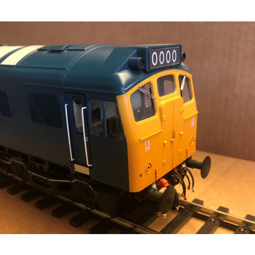 Heljan 2553 Class 25 Diesel Locomotive Unnumbered in BR Blue with Full Yellow Ends
