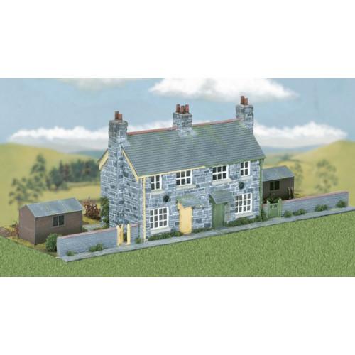 CK21 Semi-Detached Stone Cottages