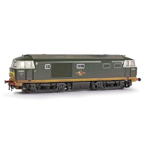 E84002 Class 35 Hymek Diesel Locomotive No.D7021 in BR Green with Small Yellow Panels - Weathered