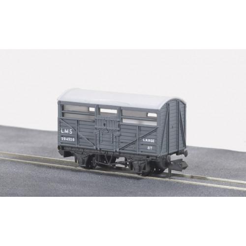 NR-45M Cattle Truck in LMS Light Grey
