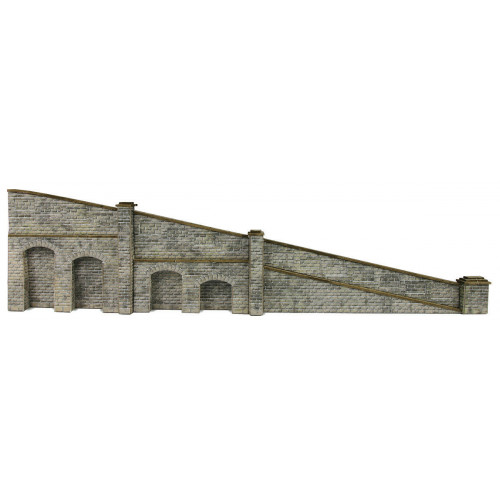 PN149 Metcalfe N Gauge Stone Tapered Retaining Wall (can be used as ramp for bridge)
