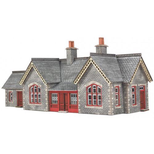 PN933 Metcalfe N Gauge Settle Carlisle Railway Station Building