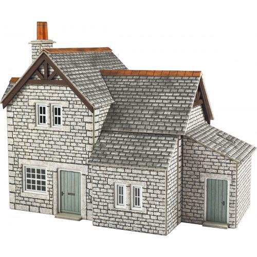 PO258 Metcalfe 00 Gauge Gardener's Cottage