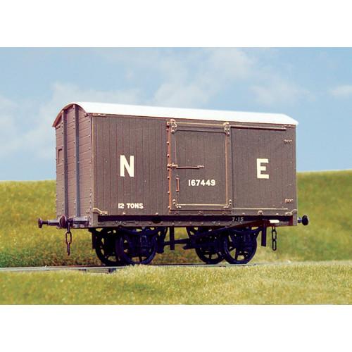 PS04 LNER 12 Ton Goods Van