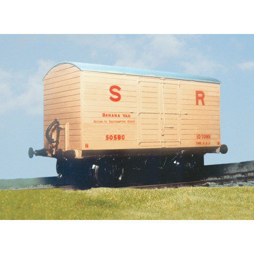 PS100 Southern Railway Banana Van