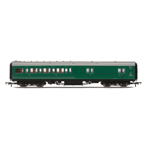 R4840 BR (ex SR) Maunsell 4 Compartment Brake End Second Class Coach No.S3232S in BR Southern Green