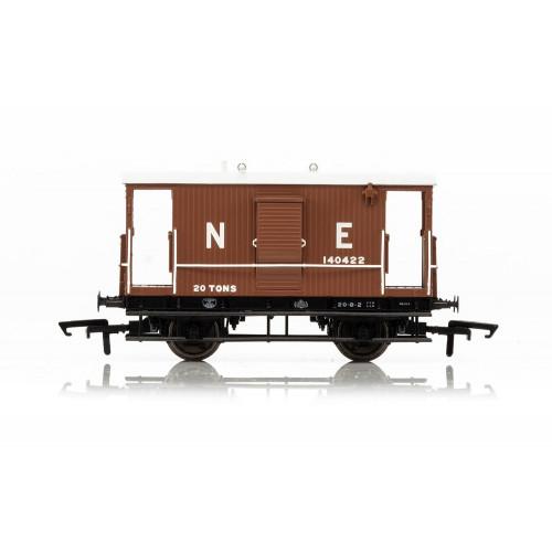 R6833A LNER Toad B 20T Brake Van No.140526 in Bauxite