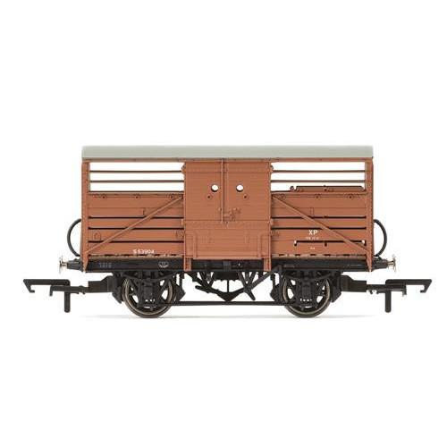 R6839 BR (Ex.SR) Cattle Wagon S53904 Diagram 1529 in BR Bauxite