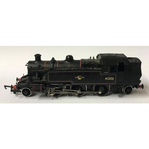Bachmann 00 Gauge Ivatt Class 2 2-6-2T Steam Locomotive No.41202 in BR Lined Black