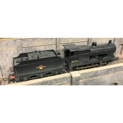 Hornby R2545 BR Fowler Class  4F 0-6-0 Steam Locomotive No.44218 in Weathered BR Black Livery