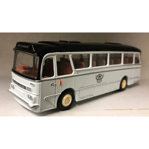 EFE 12201 Harrington Grenadier Black & White Coach