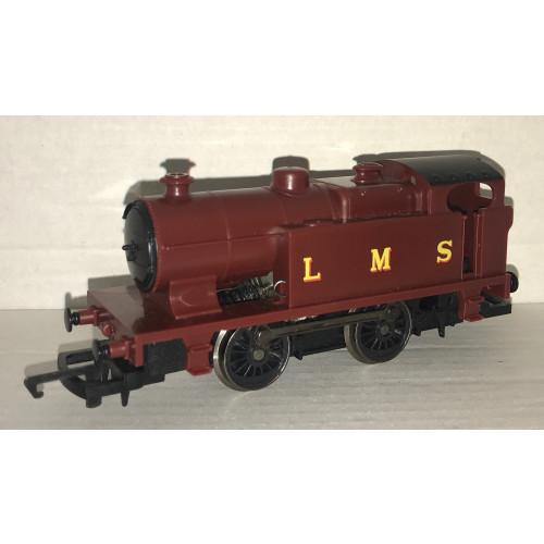 Hornby 0-4-0 Steam Locomotive in LMS Maroon