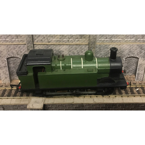 Hornby Triang R52 Class 3F 0-6-0 Jinty Locomotive No.47606 in LNER Green