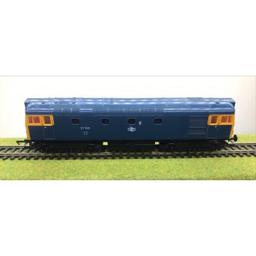 Lima Class 27 Diesel Locomotive No.27102 in BR Blue