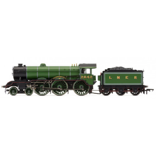 R3447 LNER 4-6-0 'Kilverstone Hall' B17 Class